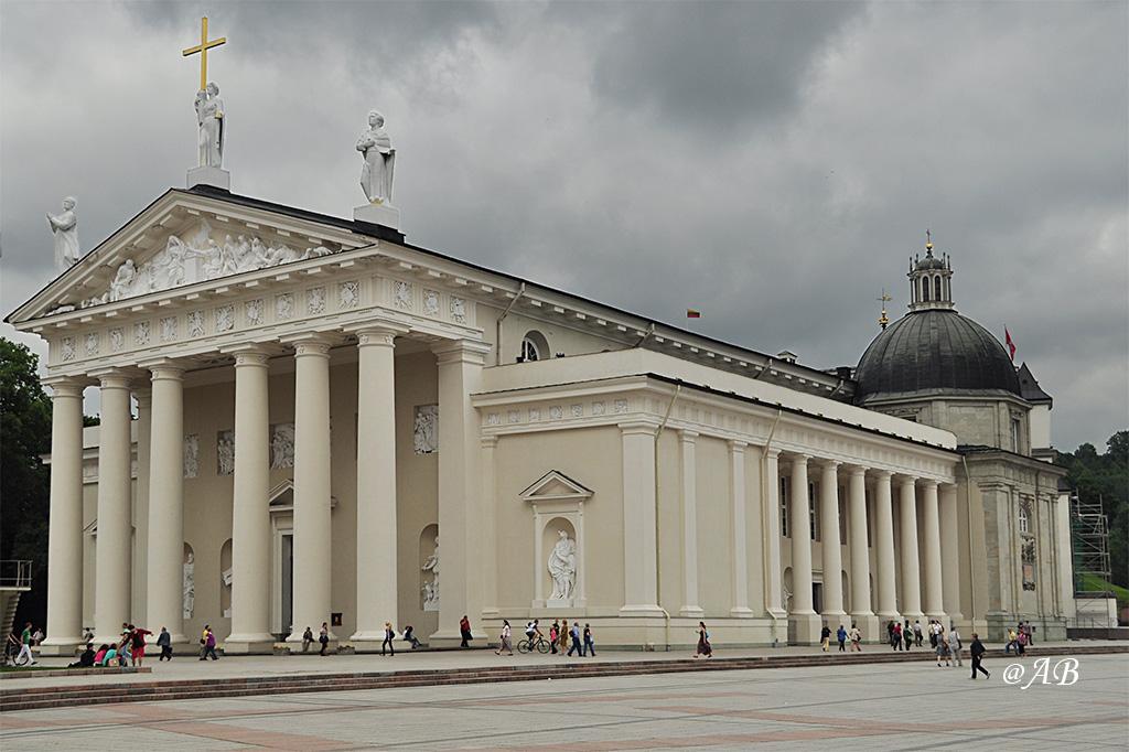 Bazylika archikatedralna w Wilnie